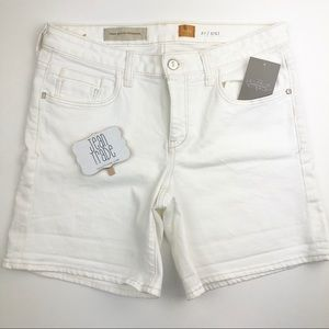 NWT Pilcro and the letterpress Fit Stet Shorts